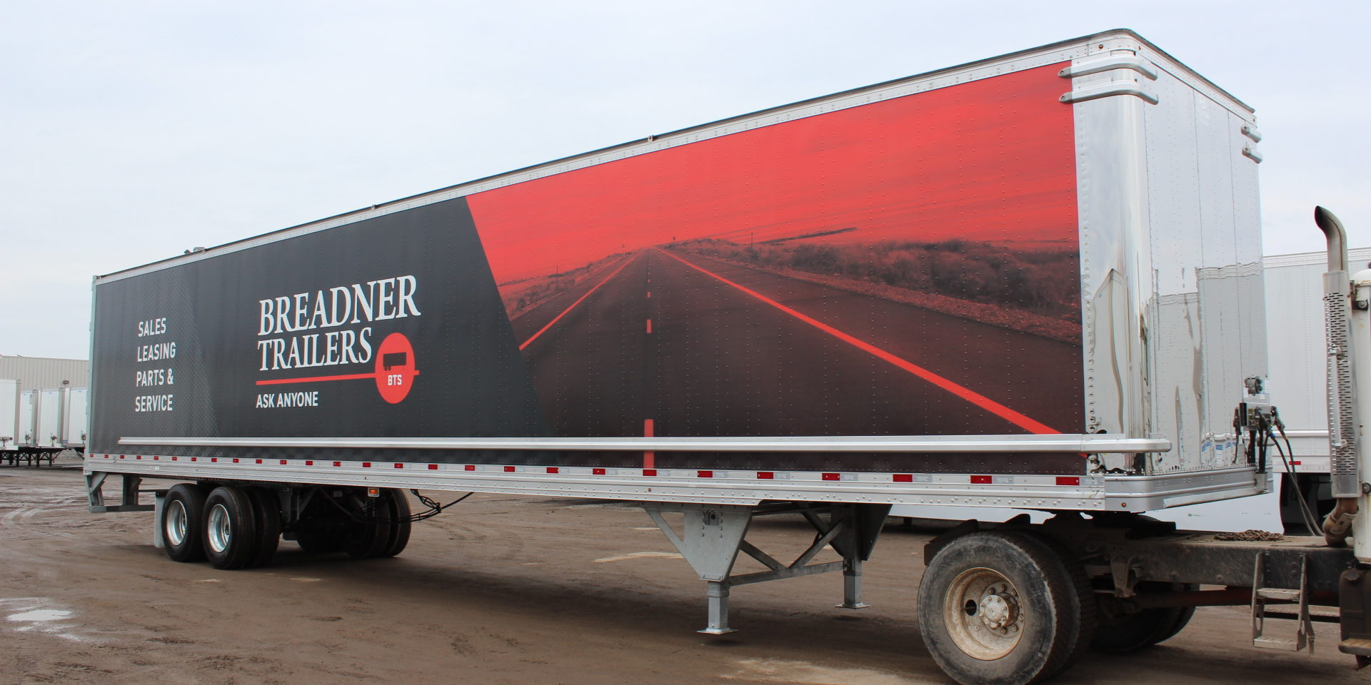 Breadner Trailer Sales Becomes Exclusive Dealer Breadner Trailers